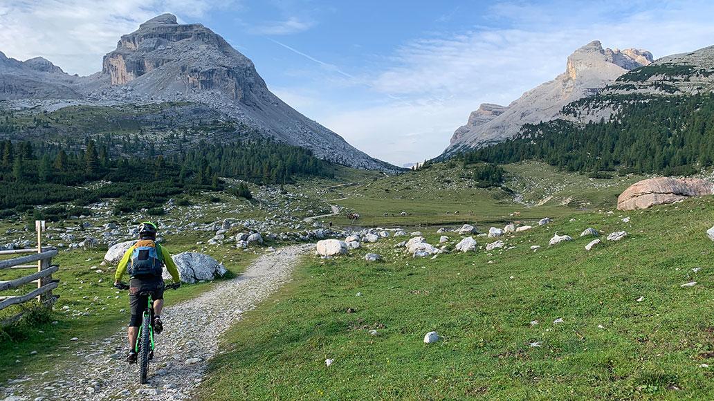 Hochtal, Dolomiten, Wegweiser